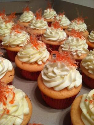 Vanilla & Buttercream Cupcake . Spun Sugar